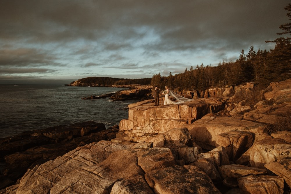 sunrise elopement in Acadia National park